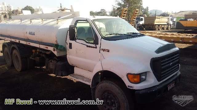 Outros Caminhão ford 14000 pipa ano 00