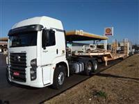 Faço transportes de máquinas e implementos em todo brasil