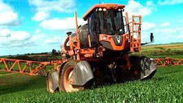 Maquina de Pulverizar Jacto Uniport 3030