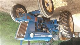 Trator Ford/New Holland 6600 4x2 ano 78