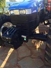 Trator Ford/New Holland TT 4030 4x4 ano 16