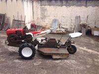 Mini/Micro Trator TOBATA YANMAR DIESEL COM RO�ADEIRA 4x2 ano 01