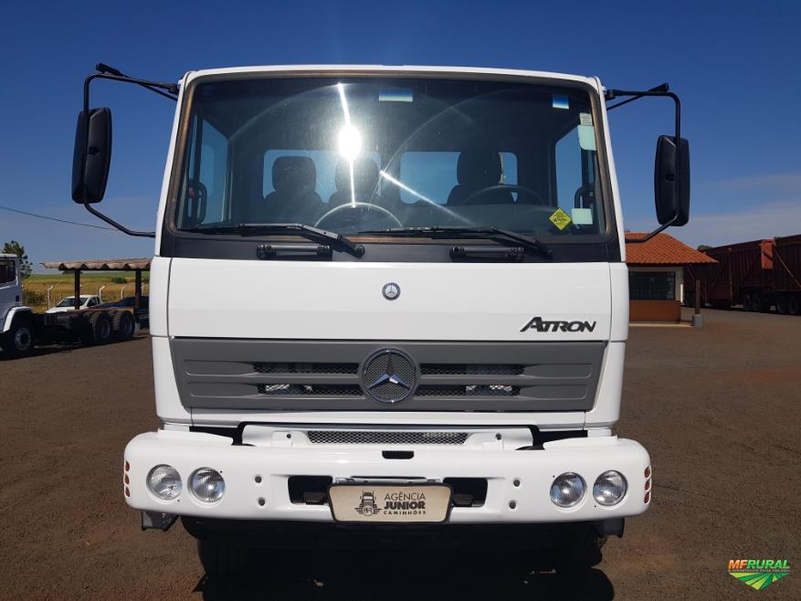 Caminhão Mercedes Benz (MB) 2729 ano 13