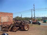 Trator CBT 1065 concha e garfo 4x2 ano 16