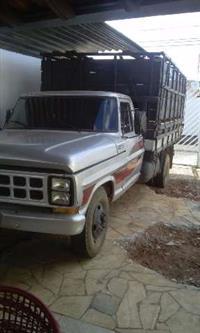 Caminhão Ford F4000 BOIADEIRO ano 79