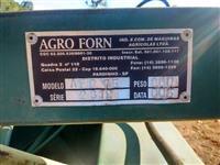 Vagão forrageiro capacidade 2 mts3 com desensilador e misturador