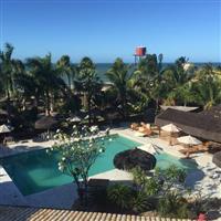 Vendo Hotel Pousada a 26 km Fortaleza. Frontbeach.