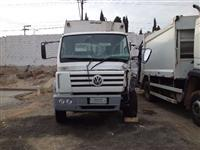 Caminh�o Volkswagen (VW) 17210 ano 01