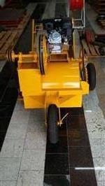 Batedor de cama de esterco Novo, com motor de 7 hp 4 tempos