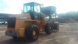 Trator Carregadeiras CARREGADEIRA CASE W20 4x2 ano 05