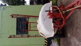 Pulverizador ko 2000 litros com barra