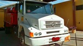 Caminhão Mercedes Benz (MB) Mercedes 1318 4x2 ano 07