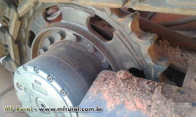 Colhedora de Cana Picada Santal S5010E ano 2012 e 2013 JJ Caminhões