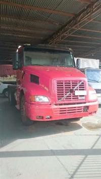 Caminhão Volvo NH12 420 6x4T ano 98