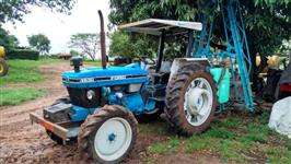 Trator Ford/New Holland Ford 4x2 ano 95