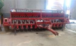 Plantadeira semeato ssm27