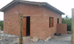 Construimos Casa de tijolos Ecológicos.