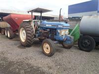 Trator Ford/New Holland 6610 4x2 ano 85