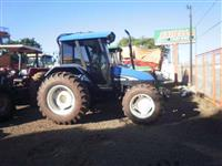 Trator Ford/New Holland TL 85 4x4 ano 03