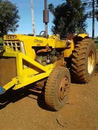 Trator Cbt 1105 4x2 ano 75