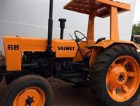 Trator Valtra/Valmet 68 4x2 ano 84