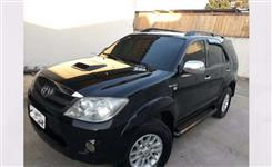 Caminhonete Toyota Hilux SW4 SRV 4X4 ANO 2006