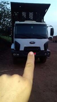 Caminhão Ford Ford cargo 3132 6x4 canavieiro ano 12