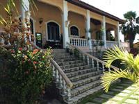 Linda mansão na praia do Icarai