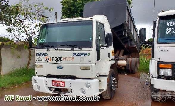 Caminhão Ford C 2422e 6x2 ano 06