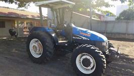 Trator Ford/New Holland TL 75 E 4x4 ano 02