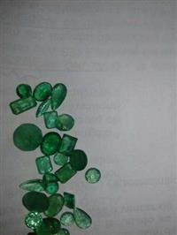 pedras preciosa de qualidade alexandritas e esmeraldas