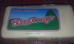Queijo mussarela Bassaneze