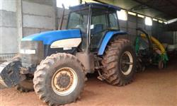 Trator Ford/New Holland TM 7030 4x4 ano 11
