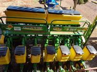 Plantadeira KF 7040 Geração 4200 7 linhas 45cm