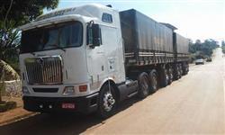 Caminhão Internacional 9800 ano 11