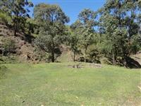 Sítio em São Bonifácio, medindo 143 hectares, distante 18 km do centro