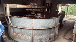 Secador de cacau ou torrador de farinha