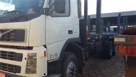 Caminhão Volvo VOLVO FM 440 6X4 ano 07