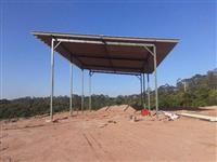 CONSTRUÇÃO DE GALPÕES, BARRACÕES