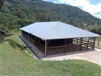Construção de casa para caseiro, funcionario, casa sede