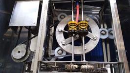 Máquina de descascar aipim/mandioca