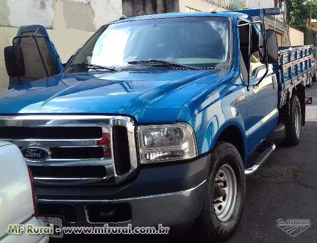 Caminhão Ford F 350 ano 15