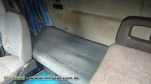 Caminhão Volvo FH 380 ano 01