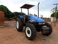 Trator New Holland TL 75 E 4x2 ano 05