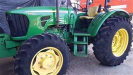 Trator John Deere 5085 4x4 ano 14