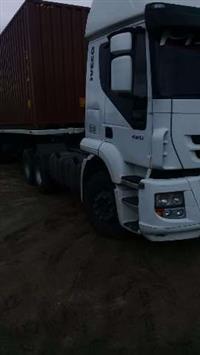 Caminhão Iveco Stralis NR 490S41T 4x2 ano 09