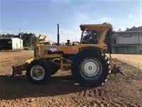 Trator CBT 2105 c/ Guincho e Lamina