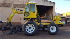 Trator Carregadeira Valtra/Valmet BM 100 4x4 ano 07 Motocana