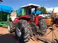 Trator Massey Ferguson 5290 4x4 ano 06