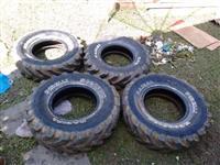 Vendo jogo de rodas agrícolas Pirelli scorpion